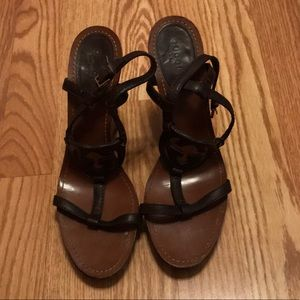 AUTHENTIC Gucci GG Leather Wedge Sandal